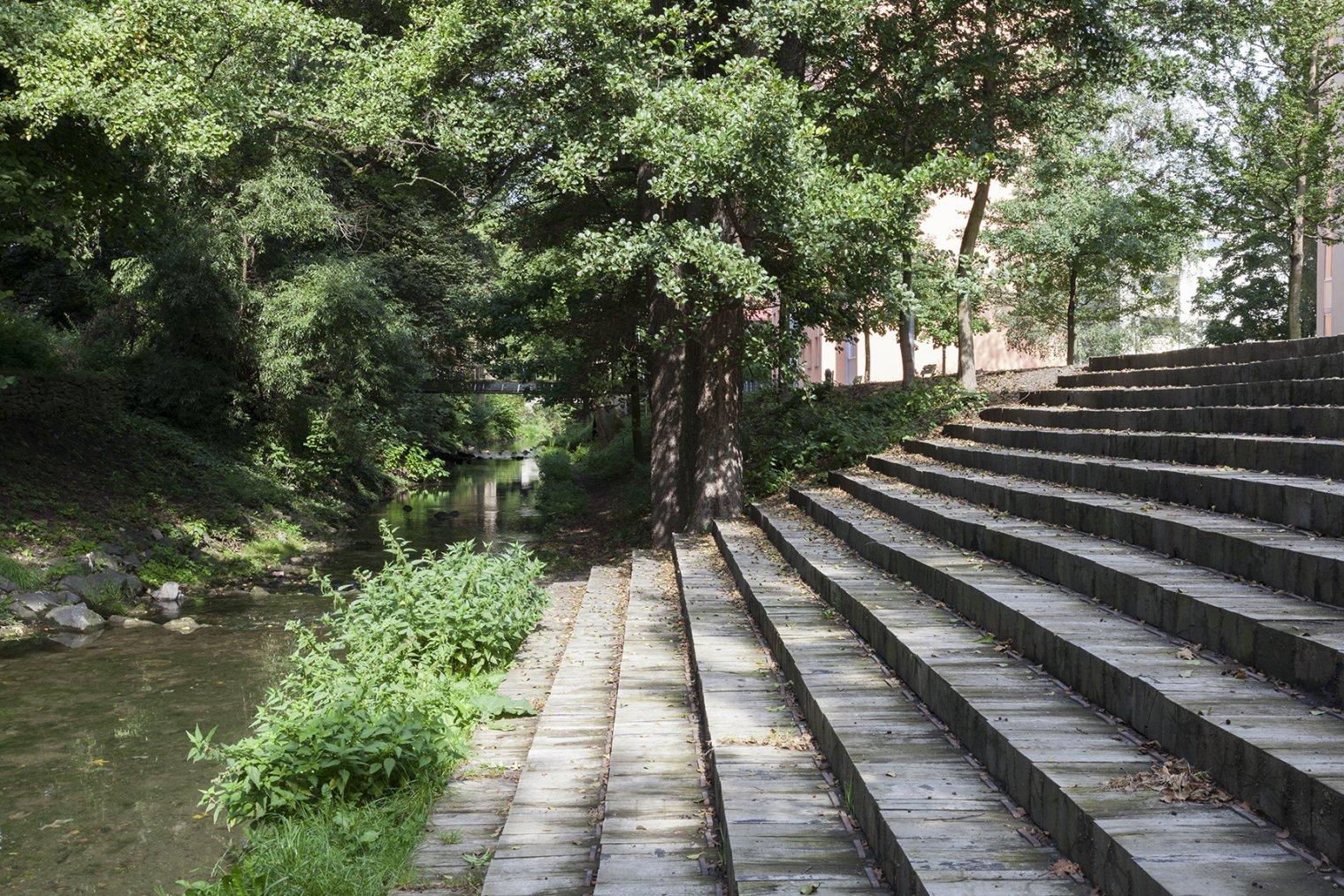 Úprava nábřeží řeky Loučné II  5b090d4261